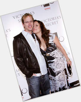 "<a href=""/hot-men/phil-laak/is-he-good-poker-player-drugs-still-jennifer"">Phil Laak</a> Average body,  dyed blonde hair & hairstyles"