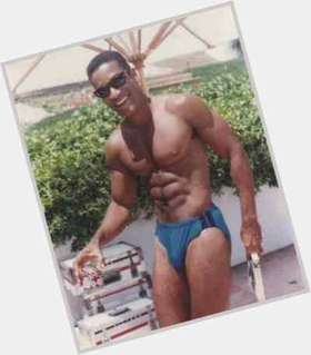 "<a href=""/hot-men/phil-morris/is-he-philip-good-investment-phillip-real-person"">Phil Morris</a> Athletic body,  black hair & hairstyles"