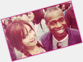 "<a href=""/hot-men/phill-lewis/is-he-married-jail-phil-la-guns-murderer"">Phill Lewis</a> Average body,  dark brown hair & hairstyles"