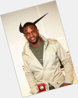 Randall Cobb dark brown hair & hairstyles Athletic body,