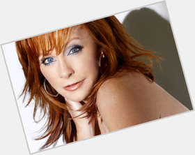 "<a href=""/hot-women/reba-mcentire/is-she-married-deaf-kelly-clarkson-stepmom-racist"">Reba Mcentire</a> Average body,  red hair & hairstyles"