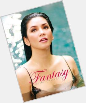 "<a href=""/hot-women/regine-velasquez/is-she-pregnant-soprano-famous-gave-birth-married"">Regine Velasquez</a> Average body,  dark brown hair & hairstyles"