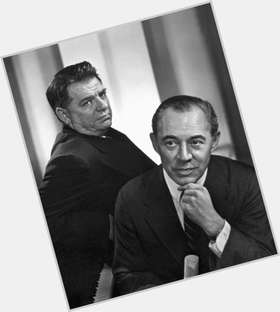 "<a href=""/hot-men/richard-rodgers/is-he-and-oscar-hammerstein-where-theatre-buried"">Richard Rodgers</a> Average body,  grey hair & hairstyles"