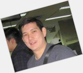 "<a href=""/hot-men/richard-yap/is-he-married-iglesia-ni-cristo-brother-tim"">Richard Yap</a> Average body,  black hair & hairstyles"