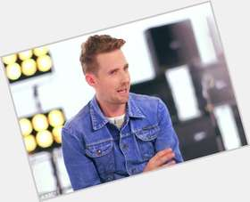 "<a href=""/hot-men/ricky-wilson/is-he-married-harry-potter-single-girlfriend-dating"">Ricky Wilson</a> Average body,  blonde hair & hairstyles"