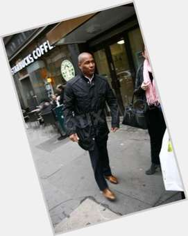 "<a href=""/hot-men/les-ferdinand/is-he-related-rio-married-still-spurs-tottenham"">Les Ferdinand</a> Athletic body,  black hair & hairstyles"