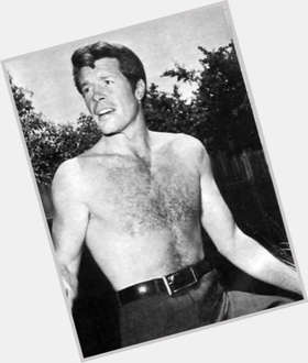 "<a href=""/hot-men/robert-horton/is-he-still-alive-married-actor-where-now"">Robert Horton</a> Athletic body,  dark brown hair & hairstyles"