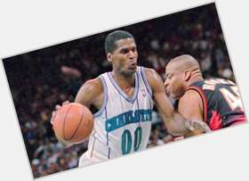 "<a href=""/hot-men/robert-parish/is-he-hall-fame-broke-married-where-now"">Robert Parish</a> Athletic body,  black hair & hairstyles"