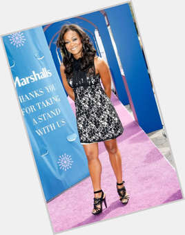 "<a href=""/hot-women/robin-givens/is-she-christian-mixed-broke-half-white-married"">Robin Givens</a> Slim body,  black hair & hairstyles"