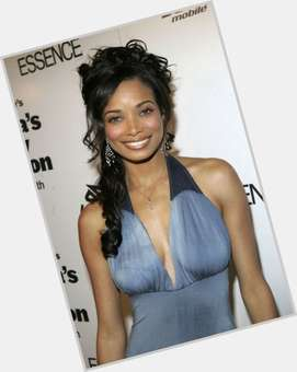 "<a href=""/hot-women/rochelle-aytes/is-she-biracial-eye-color-real-married-mixed"">Rochelle Aytes</a> Slim body,  dark brown hair & hairstyles"