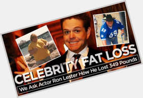 "<a href=""/hot-men/ron-lester/is-he-married-where-now-what-doing-dating"">Ron Lester</a> Average body,  light brown hair & hairstyles"