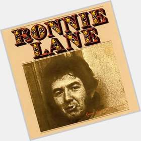 "<a href=""/hot-men/ronnie-lane/is-he-still-alive-where-buried-mobile-studio"">Ronnie Lane</a> Slim body,  dark brown hair & hairstyles"