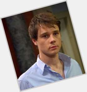 "<a href=""/hot-men/rupert-evans/is-he-married-dating-why-not-hellboy-2"">Rupert Evans</a> Average body,  dark brown hair & hairstyles"