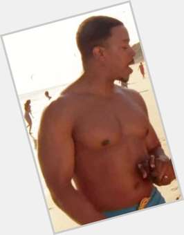 "<a href=""/hot-men/russell-hornsby/is-he-married-injured-still-grimm-really-leaving"">Russell Hornsby</a> Average body,  black hair & hairstyles"