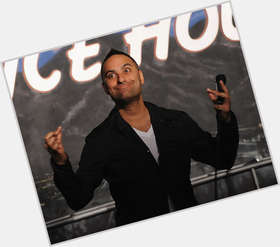 "<a href=""/hot-men/russell-peters/is-he-indian-racist-christian-funny-divorce-dad"">Russell Peters</a>  black hair & hairstyles"