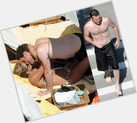 "<a href=""/hot-men/sam-worthington/is-he-married-paralyzed-still-alive-really-wheelchair"">Sam Worthington</a> Athletic body,  light brown hair & hairstyles"