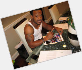 "<a href=""/hot-men/santana-moss/is-he-injured-hurt-starting-healthy-married-playing"">Santana Moss</a> Athletic body,  dark brown hair & hairstyles"