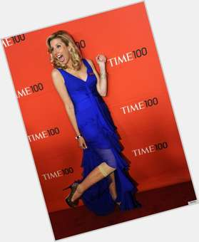"<a href=""/hot-women/sara-blakely/is-she-married-sarah-billionaire-what-net-worth"">Sara Blakely</a> Slim body,  blonde hair & hairstyles"