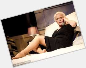 "<a href=""/hot-women/sharon-gless/is-she-smoker-married-leaving-burn-notice-still"">Sharon Gless</a> Average body,  blonde hair & hairstyles"