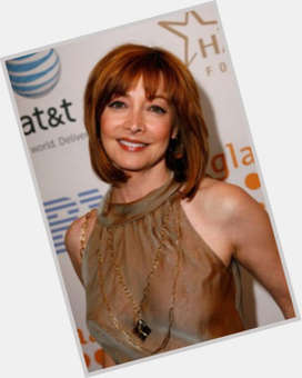 "<a href=""/hot-women/sharon-lawrence/is-she-related-joey-sasha-alexander-jennifer-married"">Sharon Lawrence</a> Slim body,  red hair & hairstyles"
