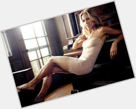 Sheryl Crow light brown hair & hairstyles Athletic body,