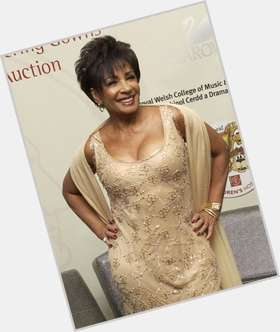 "<a href=""/hot-women/shirley-bassey/is-she-black-still-alive-married-british-touring"">Shirley Bassey</a> Slim body,  dark brown hair & hairstyles"