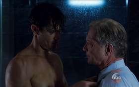 Matthew Del Negro, Jon Tenney, & Scott Foley Shirtless in Scandal Eps 4×07-09