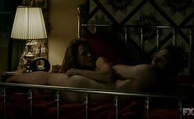 Matthew Rhys Pantless in The Americans Season 2 Premiere