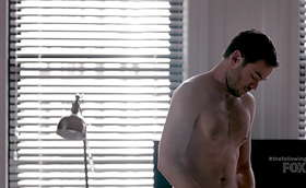 Shawn Ashmore Shirt Off in The Following Latest Episode 2×09