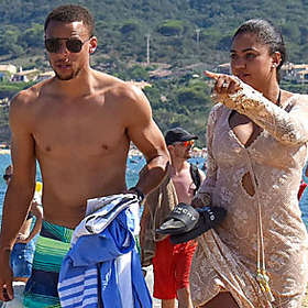 Stephen Curry is Shirtless