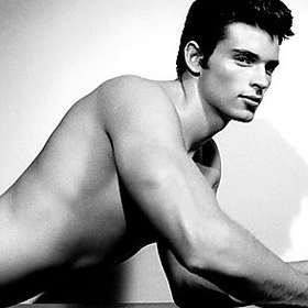 Tom Welling New Shirtless Pic