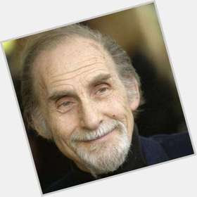 "<a href=""/hot-men/sid-caesar/is-he-alive-what-doing-now-tall-jazz"">Sid Caesar</a> Average body,"