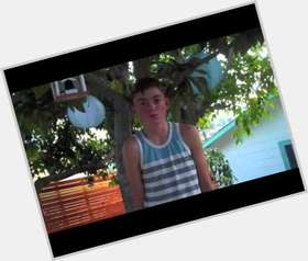 "<a href=""/hot-men/spencer-list/is-he-and-peyton-twins-famous-single-any"">Spencer List</a> Average body,  dark brown hair & hairstyles"