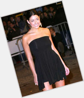 "<a href=""/hot-women/stacie-orrico/is-she-still-christian-married-singer-virgin-single"">Stacie Orrico</a> Average body,  black hair & hairstyles"