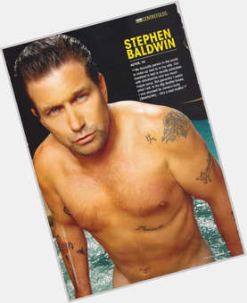 "<a href=""/hot-men/stephen-baldwin/is-he-christian-still-married-alec-baldwins-brother"">Stephen Baldwin</a> Average body,  light brown hair & hairstyles"
