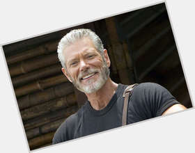 Stephen Lang dark brown hair & hairstyles Athletic body,