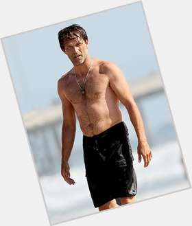 "<a href=""/hot-men/stephen-moyer/is-he-bi-leaving-true-blood-married-anna"">Stephen Moyer</a> Athletic body,  dyed brown hair & hairstyles"