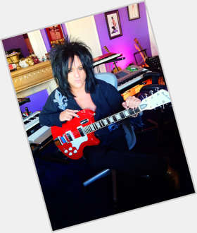 "<a href=""/hot-men/steve-stevens/is-he-real-married-touring-billy-idol-still"">Steve Stevens</a> Average body,  black hair & hairstyles"
