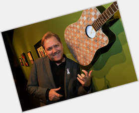 "<a href=""/hot-men/steve-wariner/is-he-married-still-alive-where-now-what"">Steve Wariner</a>"
