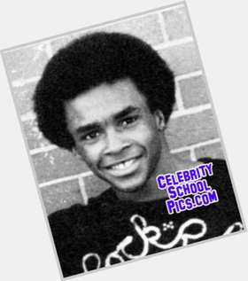"<a href=""/hot-men/sugar-ray-leonard/is-he-alcoholic-married-broke-alive-khloe-kardashians"">Sugar Ray Leonard</a> Athletic body,  dark brown hair & hairstyles"
