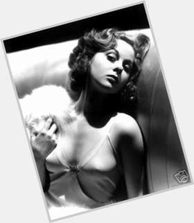 "<a href=""/hot-women/susan-hayward/is-she-still-alive-living-where-buried"">Susan Hayward</a> Slim body,  red hair & hairstyles"