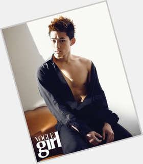 "<a href=""/hot-men/taecyeon/is-he-married-and-gui-dating-christian-really"">Taecyeon</a> Average body,  black hair & hairstyles"