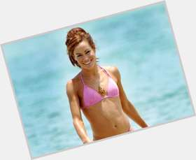 "<a href=""/hot-women/tara-palmer-tomkinson/is-she-married-drugs-line-throne-back-single"">Tara Palmer Tomkinson</a> Slim body,  dark brown hair & hairstyles"