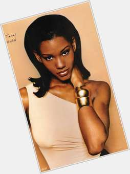 "<a href=""/hot-women/taral-hicks/is-she-married-where-now-sister-what-doing"">Taral Hicks</a> Slim body,  black hair & hairstyles"
