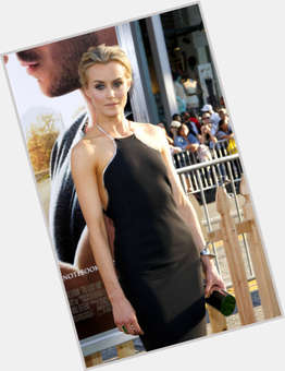 "<a href=""/hot-women/taylor-schilling/is-she-married-bi-dating-straight-conservative-related"">Taylor Schilling</a> Slim body,  blonde hair & hairstyles"