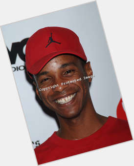 "<a href=""/hot-men/tevin-campbell/is-he-married-sick-drugs-homosexual-still-alive"">Tevin Campbell</a> Slim body,  dark brown hair & hairstyles"
