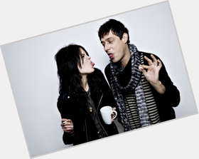 "<a href=""/hot-men/the-kills/is-he-killswitch-engage-singer-black-killshot-real"">The Kills</a>"