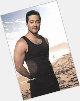 "<a href=""/hot-men/tim-kang/is-he-married-korean-chinese-leaving-mentalist-captain"">Tim Kang</a> Athletic body,  black hair & hairstyles"