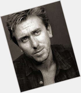 "<a href=""/hot-men/tim-roth/is-he-married-sick-alcoholic-related-eli-west"">Tim Roth</a> Average body,  light brown hair & hairstyles"