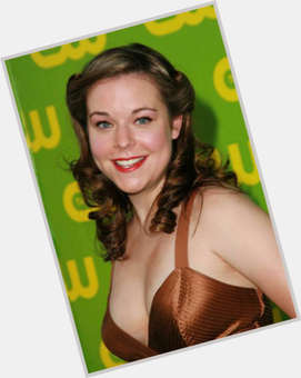 "<a href=""/hot-women/tina-majorino/is-she-mormon-leaving-greys-anatomy-married-pinks"">Tina Majorino</a> Average body,  light brown hair & hairstyles"